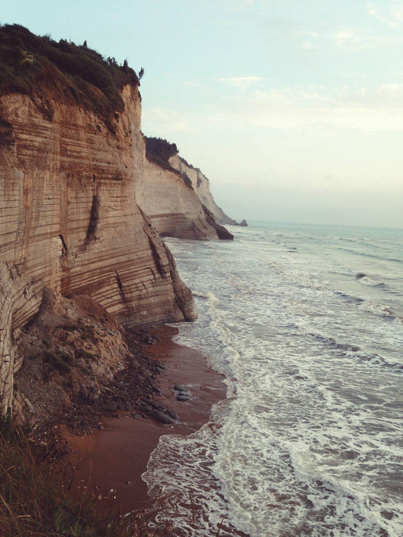 logas beach corfu - eatmeplease.pl