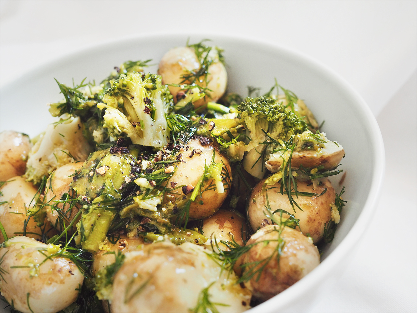 Szparagi & mlode ziemniaki – eatmeplease.pl