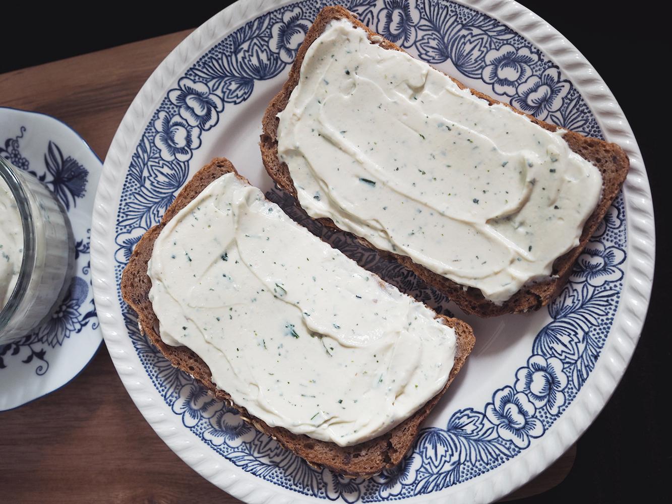 Czosnkowo ziołowy ser ztofu
