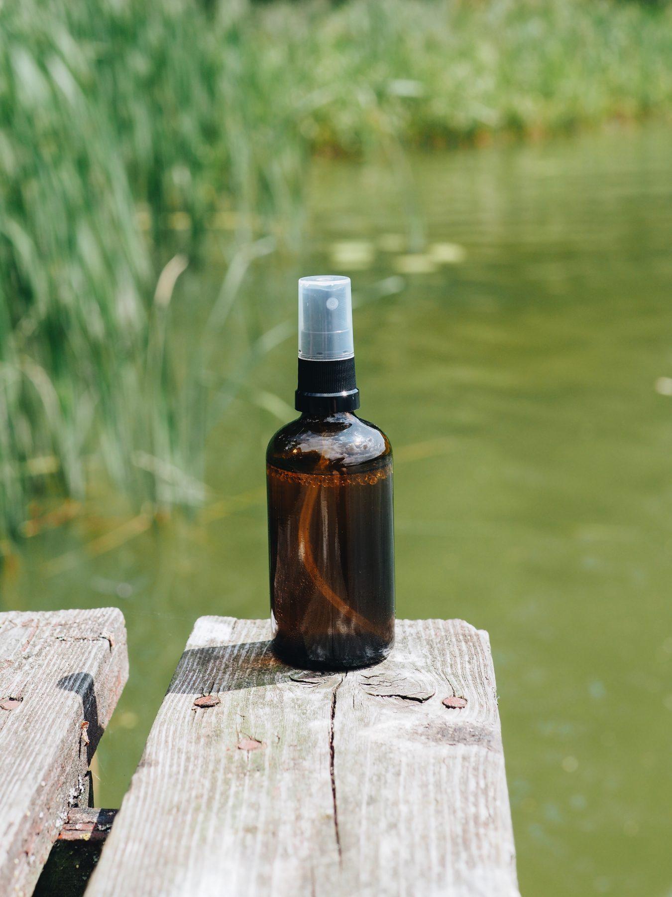 Naturalny spray nakomary ikleszcze DIY