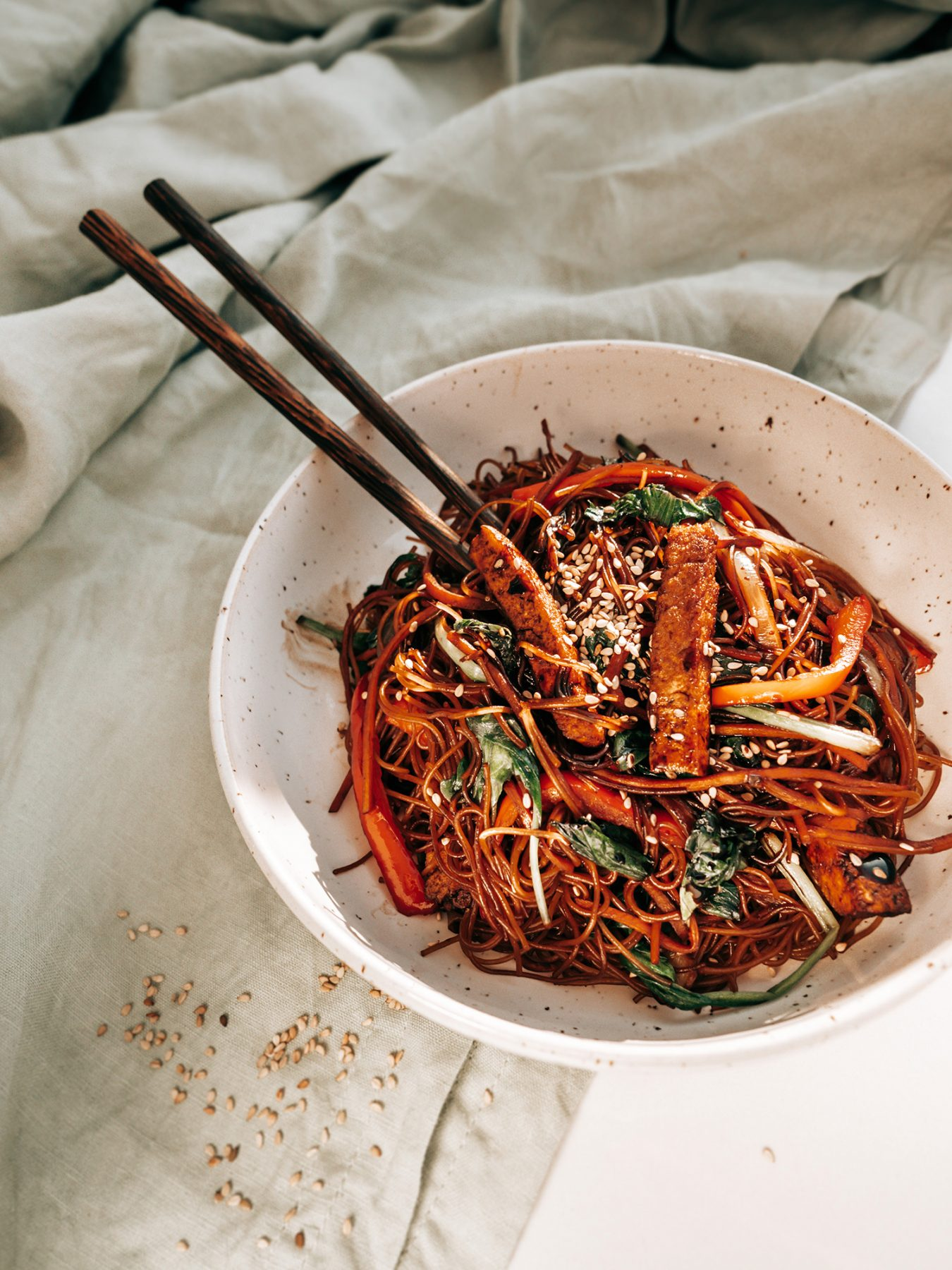 Koreański Makaron Japchae – eatmeplease.pl